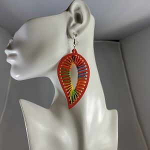Handmade Jewelry - Handmade Wood Earring with Thread (6 Colors avail)